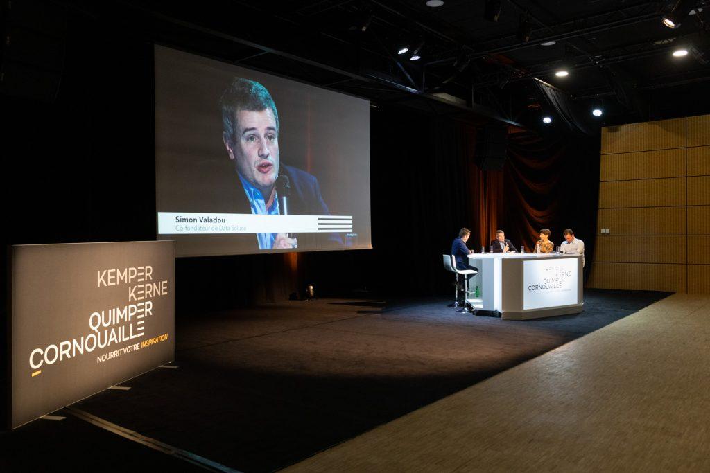 Simon Valadou, co-fondateur de Data Soluce, intervient à la plénière attractivité de Quimper Cornouaille sur la mise en valeur des Talents en Cornouaille, (26/11/2020)