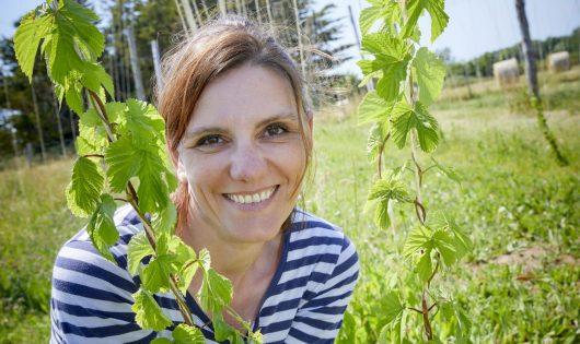 Sara Bambagiotti, co-fondatrice de la Brasserie Merlin, Penmarc'h - Magazine BRETONS Vivre en Cornouaille. Et si c'était le bonheur?