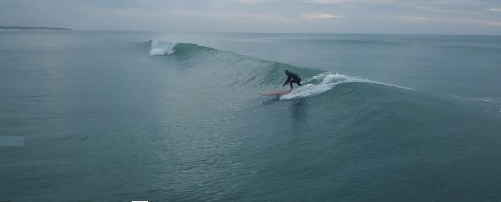 TAN (2018) – Alena Erenbodl, Director & Producer, Production / Verein Blue Road @blueroadsurffilm film sur Robin Goffinet, talent de Quimper Cornouaille nourrit votre inspiration